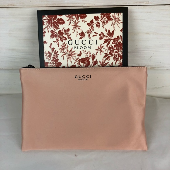 87d38526aa407 New Gucci Bloom Pouch Cosmetic Bag Makeup Clutch